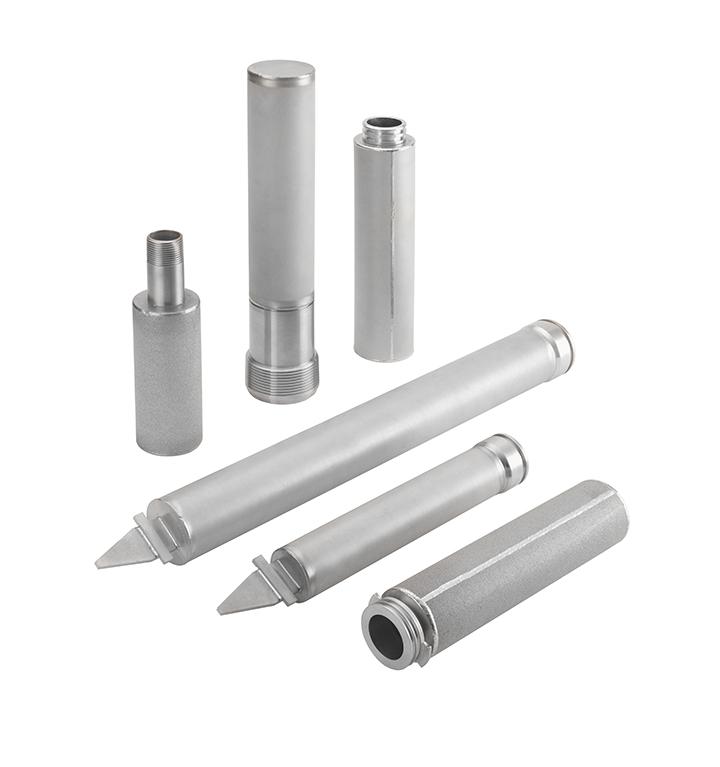 Porous metal filter elements