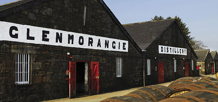 Glenmorangie distillery im Scotland